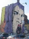 Graffiti sur une façade d'un immeuble de Montréal