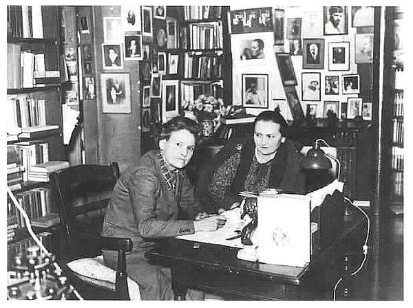 Sylvia Beach et Adrienne Monnier
